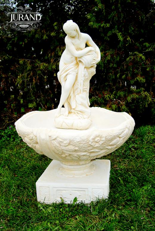 1016 Fontanna z Wenus lejąca wodę