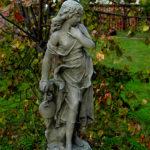 1517 Dziewczyna z Dzbanem Mała