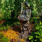 1522 Dziewczyna z Pieskami
