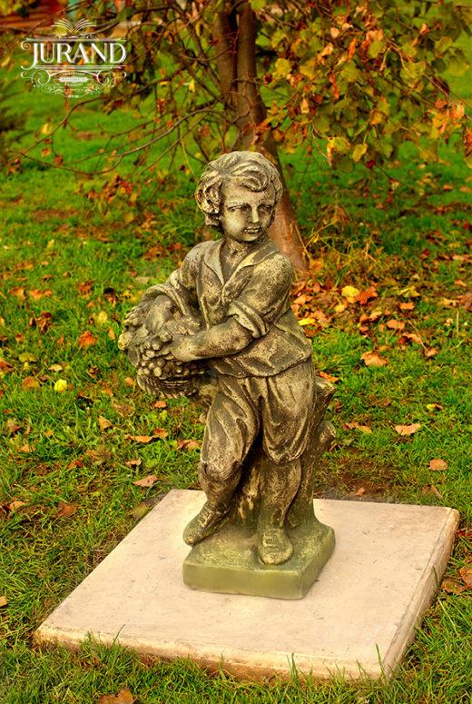 1510 Chłopiec z Koszem mały