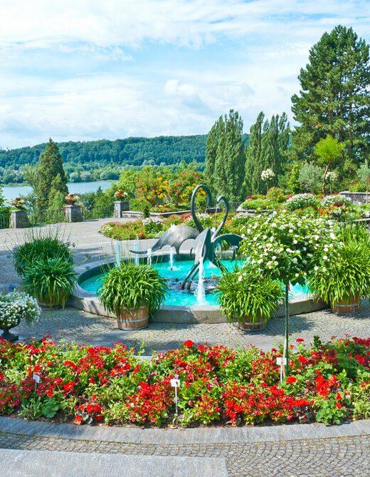 umieszczenie fontanny w ogrodzie
